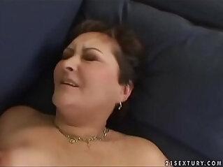 7:15 - Old slut Marica -