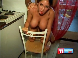 9:18 - Busty French amateur -