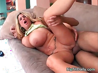 25:36 - MILF playing with enormous boobs gets cunt -