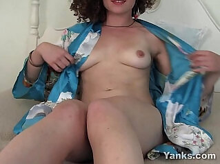 6:06 - Curly Haired Lara Vibrating Her Pussy -
