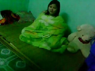 21:34 - Indian young bf gf Couple in bedroom Wowmoyback -