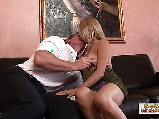 19:54 - Leggy blonde Payton Leighs MILF fuck -