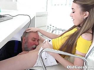 7:54 - Old Goes Young Lovely Vlada splits open her long legs -