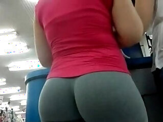 1:22 - Candid Camera In Public Store Nice Ass In Tight Yoga Pants -