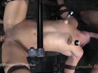 10:17 - Step daughter Kymberly wants you to cum JOI -
