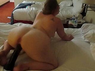 2:49 - Hot PAWG riding a huge black dildo -