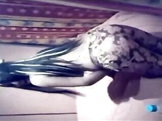 3:02 - Une Belle Marocaine Dance -