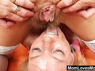 7:15 - Woolly milf gets toyed by untidy blond haired mama -