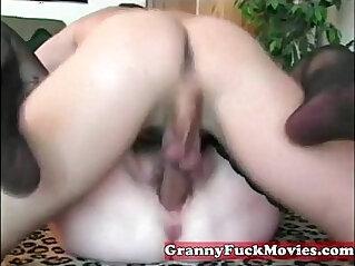 5:30 - Fat granny in amateur porn -
