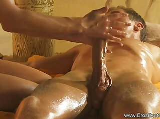 13:54 - Intense Handjob Massage From Turkey -