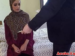 5:35 - Arabic beauty tastes warm jizz for cash -