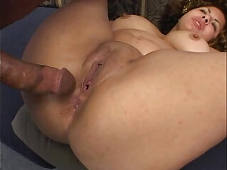 25:40 - BBW gets double teamed and creamed -