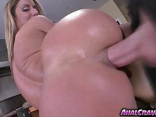 6:24 - hottie babe Sheena Shaw getting ass fucked -