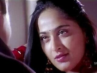 1:40 - Anushka Shetty hot Saree Changing exposing her body -