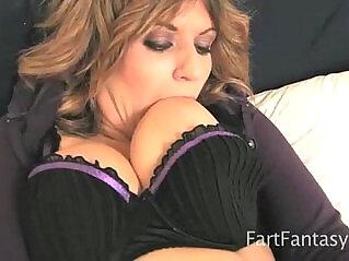5:59 - Tyla Wynn Squirting Farting Masturbation -
