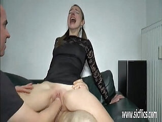 5:12 - Extreme anal fisting and huge insertions -