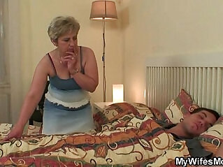 6:45 - Wife goes crazy when caught him cheating -