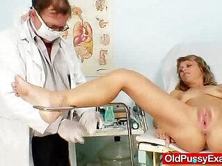 6:43 - Thin lady naughty twat gyno inspection -