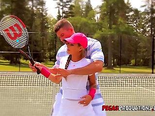 26:21 - Baise Torride au Tennis -