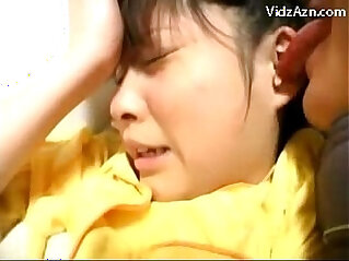 11:14 - Young Girl In Yellow Pijama Getting Her Pussy and Fingered Fucked On The Bed -