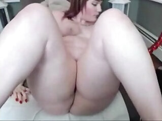 7:18 - Chubby Redhead plays with bangs bates -