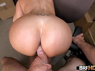 7:46 - Big booty latina Vanessa Luna Hardcore Sex In The Back Room. -