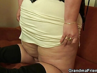 6:16 - Plump mommy takes two young cocks -