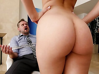 12:58 - PAWG Step Daughter Aidra Fox Takes Control Of Daddy -