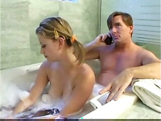 20:16 - Teen Daugther and daddy have fun -