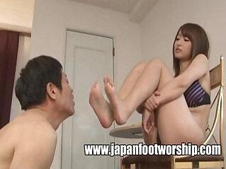 9:59 - Foot Fetish Japan Foot Worship -