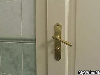 6:11 - He screws busty girlfriends mom in the bathroom -