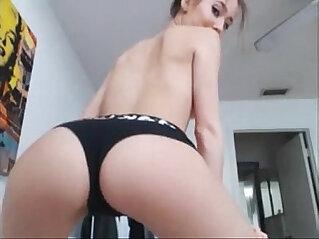 7:27 - gorgeous webcam chick -
