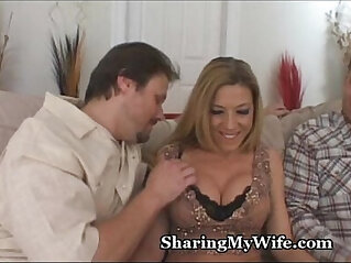 5:40 - Sucking Mommas Pussy and Clit -